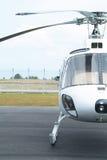 Demi, blanc hélicoptère Photo libre de droits