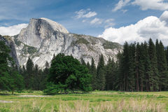 Demi de dôme dans Yosemite Image stock