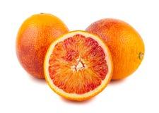 Demi et pleines oranges rouges ensanglantées Image stock