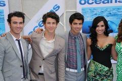 Demi Lovato, Joe Jonas, Kevin Jonas, Nick Jonas, Jona Imagem de Stock Royalty Free