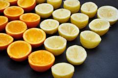 Demi oranges et citrons Photos stock