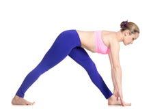 Demi pose de pyramide de yoga Photos stock