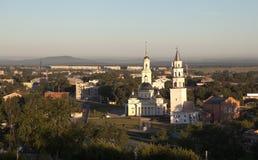Demidov lutade ned tornet och omgestaltningen av frälsaredomkyrkan Nevyansk Ryssland Royaltyfri Bild