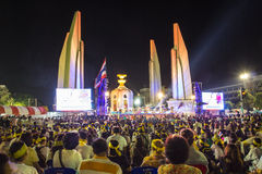 Democracy bangkok. Democracy Monument against the government at Ratchadamnoen road on November 13, 2013 in Bangkok, Thailand Royalty Free Stock Photos