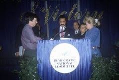 Democratisch Nationaal Comité fonds - fokker met DNC Voorzitter Ron Brown en toekomstige Secretaresse van Arbeid Alexis Herman in royalty-vrije stock afbeelding