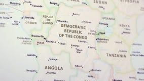 Democratische Republiek de Kongo op een Kaart stock footage