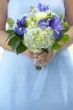 Demoiselle d'honneur avec le bouquet Photos stock