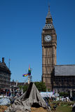 Demokratie-Dorf im Parlaments-Quadrat lizenzfreie stockbilder