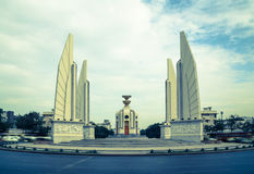 Demokratie-Monument-Bangkok-Anziehungskraft Panorama Lizenzfreie Stockfotografie