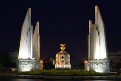 Demokratie-Monument Ende des Abends Bangkok, Thailand Lizenzfreies Stockfoto