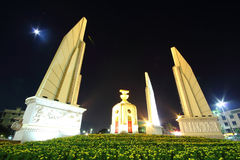 Demokratiedenkmal in Bangkok, Thailand Lizenzfreie Stockfotos