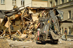 Demolera huset Arkivfoto