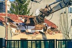 Demolição da casa Fotos de Stock Royalty Free