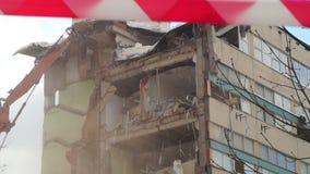 Demolição da casa em Moscou vídeos de arquivo