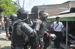 A demolição das casas na terra possuiu a pinta KAI em Semarang Foto de Stock