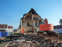 Demolición de un edificio viejo Foto de archivo