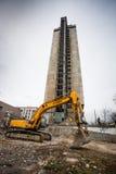 Demolición del edificio de 25 pisos Foto de archivo libre de regalías
