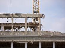 Demolierung eines Gebäudes Stockbild