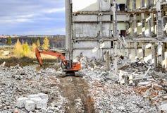 Demolierung und Abbau der Reste des großen Industrieunternehmens Lizenzfreie Stockbilder