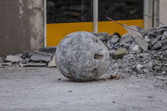 Demolishing ball. Workers are tearing old super market down in preparing for a new one using a demolishing ball Stock Images