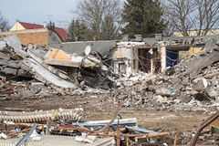 Demolition of an old building in the city Royalty Free Stock Images