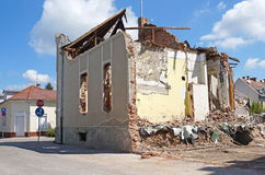 Demolition of an old building in the city. In summer Stock Photos