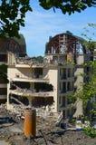 Demolizione di costruzione illegalmente costruita Immagine Stock