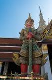 Demon Yaksha i Wat Phra Kaeo Royaltyfria Bilder
