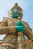 Demonförmyndare på Wat Phra Kaew, Bangkok, Thailand. Fotografering för Bildbyråer