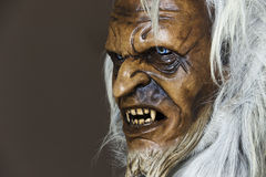 Demonisch houten masker van de metgezel St. Nicholas stock fotografie