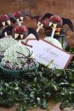 Demoniska muffin för lycklig allhelgonaafton Arkivbilder