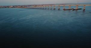 Demonstração aérea do alvorecer da ponte do AB vídeos de arquivo