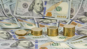 Demonstração da aumentação a taxa de câmbio de hryvnia ucraniano da moeda (grivna, UAH) para o dólar EUA (USD) Fotos de Stock