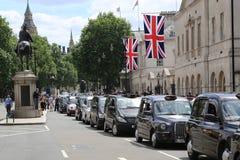 Demonstração do táxi em Whitehall Fotografia de Stock