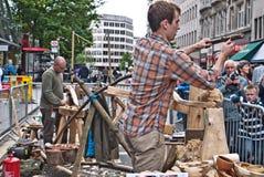 demonstraci metod tradycyjny kręcenia drewno Fotografia Royalty Free