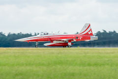 Demonstracja lota aerobatic drużyna Szwajcarski Patrouille Suisse Obraz Stock