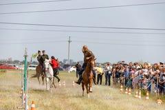 Demonstracja występy Kozacki equestrian klub sportowy z używają bronie palne obrazy stock
