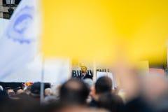 Demonstranci protestuje przeciw Tureckiemu prezydentowi Erdogan polic Obrazy Royalty Free
