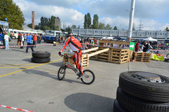Demonstratie 57 van de fietsvaardigheid Stock Afbeelding