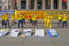 Demonstratie van Falon-Gong, meditaton oefeningen royalty-vrije stock fotografie