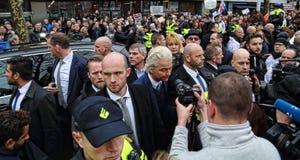 Demonstratie van PVV en Vlaams Belang in Rotterdam stock afbeeldingen