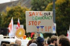 Demonstratie in Wenen tegen vrije handelsovereenkomsten TTIP Royalty-vrije Stock Foto's