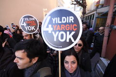 Demonstration auf Journalistermordung stockbild
