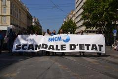 Demonstration durch Angestellte der nationalen Gesellschaft Corse Méditerranée (SNCM) lizenzfreies stockbild