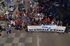 Demonstration durch Angestellte der nationalen Gesellschaft Corse Méditerranée (SNCM) stockfotos