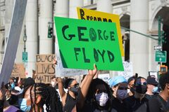 Free Demonstration For George Floyd In New York City. Stock Photo - 184725270
