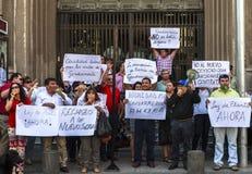 Demonstre no Santiago do mercado de troca, o Chile imagens de stock