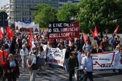 Demontration di giorno di maggio a Berlino fotografie stock