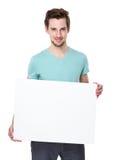 Demostración caucásica del hombre con el tablero blanco Fotografía de archivo