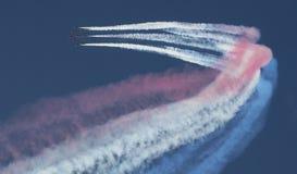 Demostración de aire roja de la flecha Imagen de archivo libre de regalías